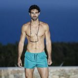 Juan Betancourt desfilando para Calzedonia en Ibiza