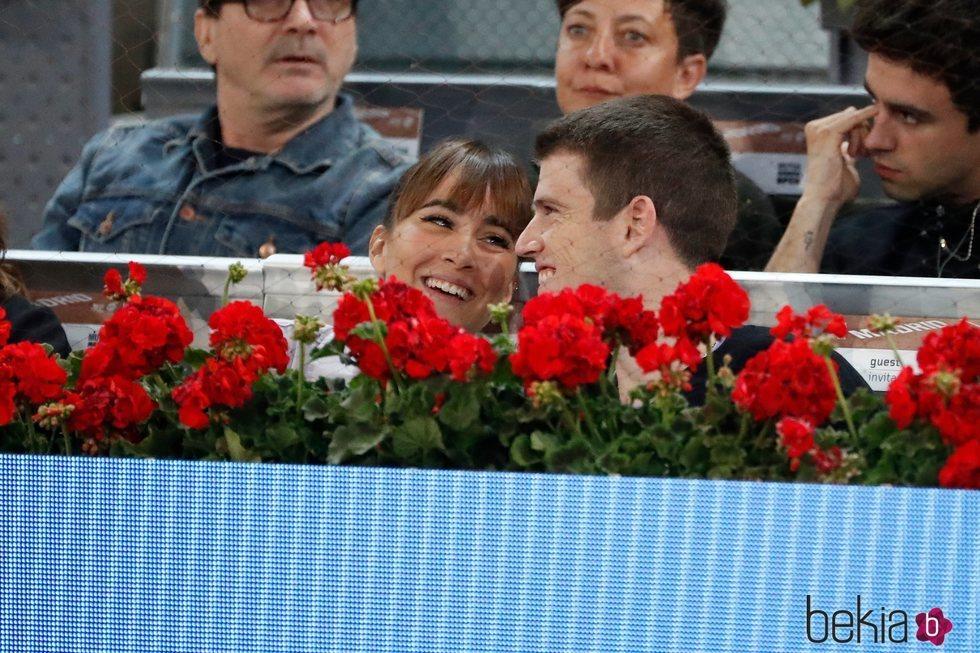 Aitana Ocaña y Miguel Bernardeau, muy cariñosos en el Madrid Open 2019
