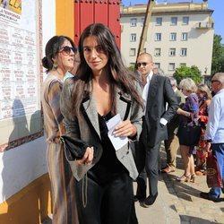 La modelo Rocío Crusset durante un Festejo Taurino en la Feria de Abril de Sevilla