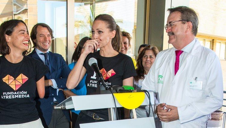 Eva González, muy emocionada el Día del Niño Hospitalizado