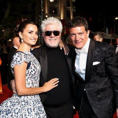 Pedro Almodóvar, Antonio Banderas y Penélope Cruz en presentación de 'Dolor y Goria' en el Festival de Cannes