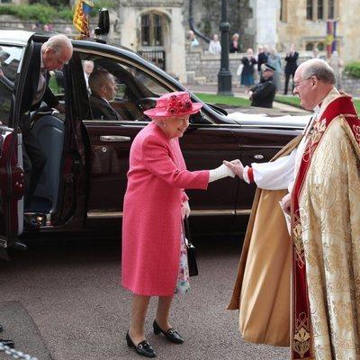 La Reina Isabel y el Duque de Edimburgo en la boda de Lady Gabriella Windsor y Thomas Kingston