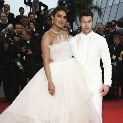 Nick Jonas y Priyanka Chopra de blanco en Cannes 2019