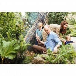 El Príncipe Guillermo y Kate Middleton con sus hijos el Príncipe Jorge y el Príncipe Luis en el Chelsea Flower Show 2019