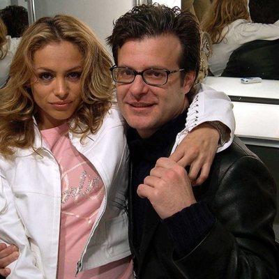 Ricardo Bofill y Paulina Rubio posando cuando eran pareja
