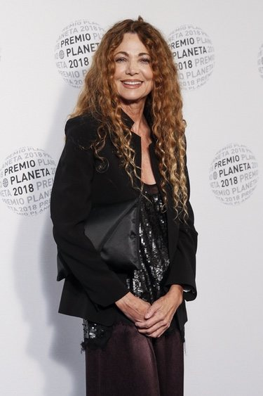 Ángela Becerra en los Premios Planeta 2018