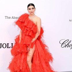 Dua Lipa en la gala amfAR en el Festival de Cannes 2019