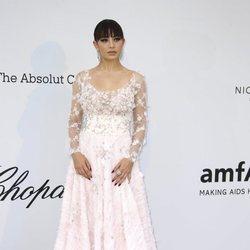 Charli XCX en la gala amfAR en el Festival de Cannes 2019