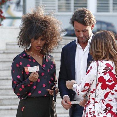 Álvaro Muñoz Escassi con Ketty por Madrid