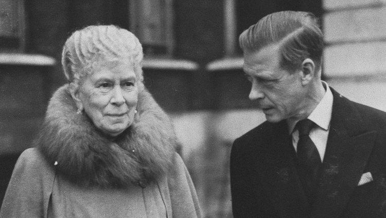 La Reina María de Teck y el Duque de Windsor