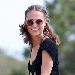 Alicia Vikander de vacaciones en Ibiza