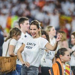 Tamara Gorro celebrando la victoria del Valencia en la final de la Copa del Rey 2019