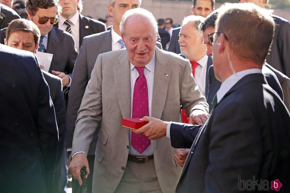 El Rey Juan Carlos, en los toros antes de su despedida de los actos oficiales