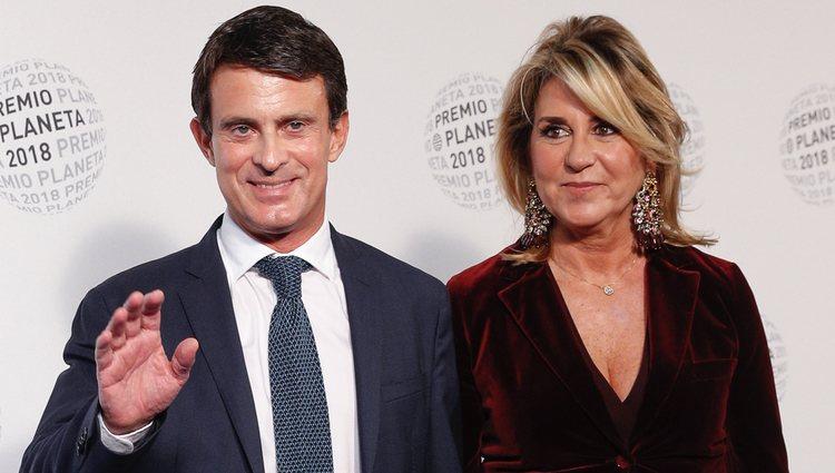 Manuel Valls y Susana Gallardo en los Premios Planeta 2018