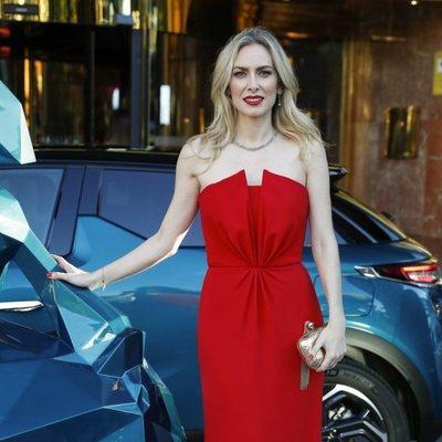 Kira Miró llegando a la Gala Solidaria contra el Cáncer de Elle