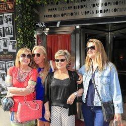Mila Ximénez, Belén Esteban, Terelu Campos y Carlota Corredera en la despedida de soltera