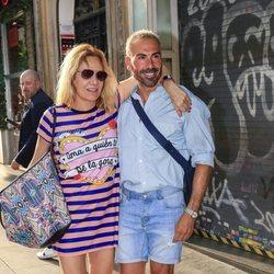 Belén Rodríguez y Manuel Zamorano en la despedida de soltera de Belén Esteban