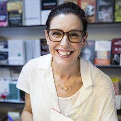 Raquel Sánchez Silva firmando en la Feria del Libro de Madrid 2019