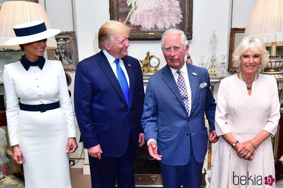 El Príncipe Carlos y la Duquesa de Cornualles toman el té con el matrimonio Trump en su Viaje de Estado a Reino Unido