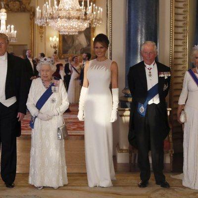La Reina Isabel II, el Príncipe Carlos y la Duquesa de Cornualles con los Trump en su Viaje de Estado a Reino Unido