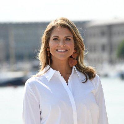 La Princesa Magdalena de Suecia posando en la presentación de su libro infantil
