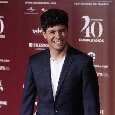 Alfred García en el concierto por el 40 cumpleaños de David Bisbal
