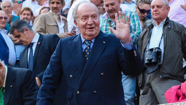 El Rey Juan Carlos reaparece en los toros tras su retirada de los actos oficiales