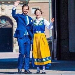 Carlos Felipe de Suecia y Sofia Hellqvist abren el Palacio Real en el Día Nacional de Suecia 2019