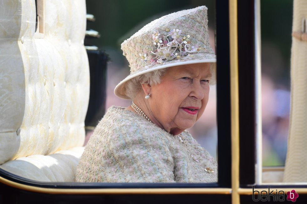 La Reina Isabel II en la ceremonia Trooping the Colour 2019