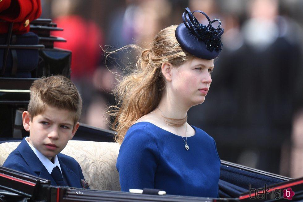 James Mountbatten-Windsor y Lady Louise Mountbatten-Windsor en Trooping the Colour 2019