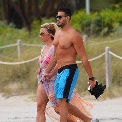 Britney Spears y Sam Asghari de vacaciones en la playa de Miami
