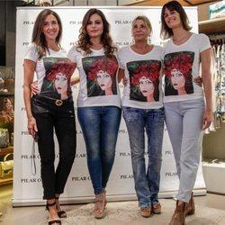 Marisa Jara, Elsa Anka, Thais Enríquez y Pilar Oporto en el evento de la 'Camiseta solidaria: El sueño de Vicky'
