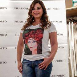 Modelo Marisa Jara en el evento de la 'Camiseta solidaria: El sueño de Vicky'