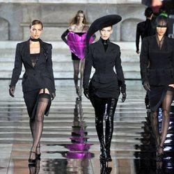 Irina Shayk en el salón internacional de la moda tras dejarlo con Bradley Cooper