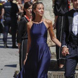 Alice Campello a su llegada a la boda de Pilar Rubio y Sergio Ramos