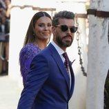 Lorena Gómez y René Ramos a la salida de la boda de Sergio Ramos y Pilar Rubio