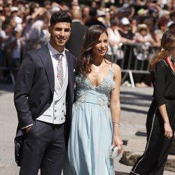 Marco Asensio y Sandra Garal en la boda de Sergio Ramos y Pilar Rubio