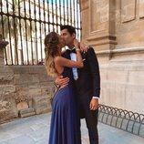 Álvaro Morata y Alice Campello besándose en la boda de Sergio Ramos y Pilar Rubio