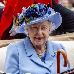 La Reina Isable II en las carreras de Ascot 2019