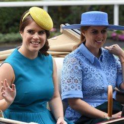 Las Princesas Eugenia y Beatriz de York en Ascot 2019
