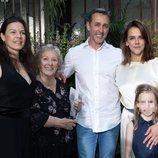 Pauline Ducruet con su familia paterna en la Paris Fashion Week 2019
