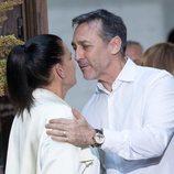 La Princesa Estefanía de Mónaco y su exmarido Daniel Ducruet se saludan en la Paris Fashion Week 2019