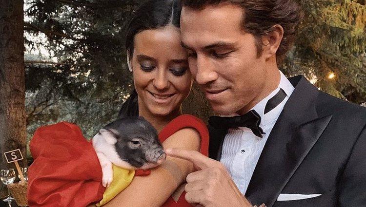 Victoria Federica con el cerdo vietnamita y su primo Beltrán Lozano en su puesta de largo