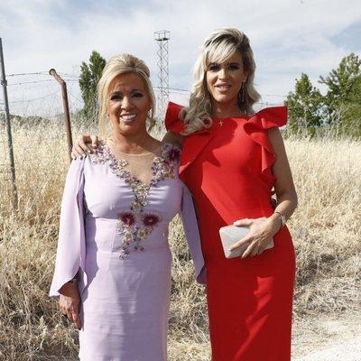 Carmen Borrego e Ylenia Padilla en la boda de Belén Esteban y Miguel Marcos