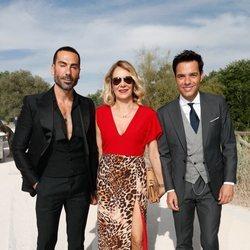 Manuel Zamorano, Belén Rodríguez y Antonio Rossi en la boda de Belén Esteban y Miguel Marcos