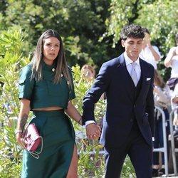 Laura Matamoros y Daniel Illescas en la boda de María Pombo y Pablo Castellano