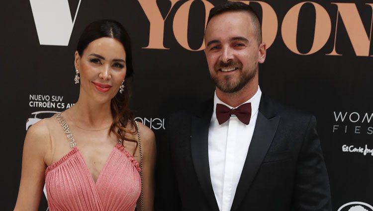 Vania Millán y su novio en la 14ª edición de los premios Yo Dona Internacional