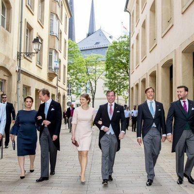 El Gran Ducado de Luxemburgo paseando en el Día de la Nación