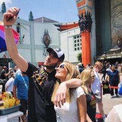 Edurne y David De Gea en Los Ángeles haciéndose un selfie