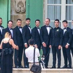 Joe Jonas con sus hermanos Nick, Kevin y Frankie Jonas y con amigos previo a la boda con Sophie Turner